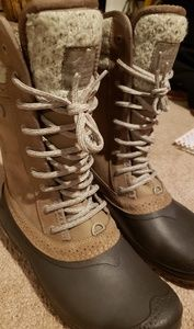 The North Face Shellista II Mid Boots [size 9]